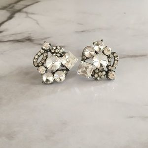 BKE Jewelry - Crystal Cluster Studs